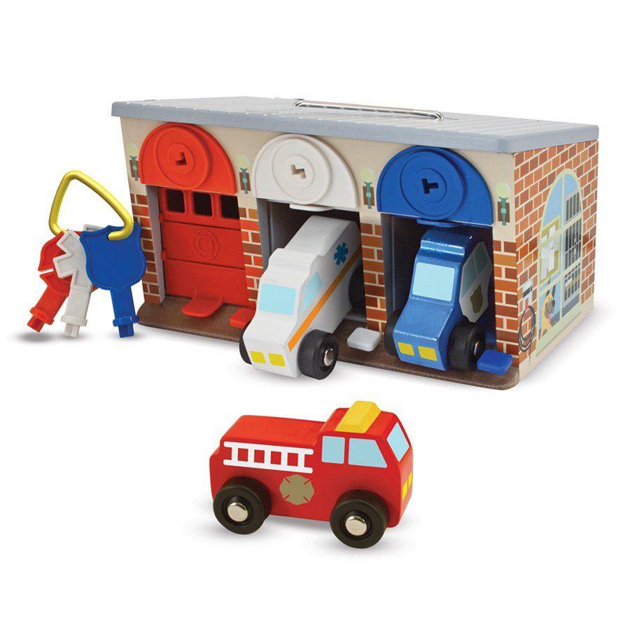 Garage giocattolo melissa doug di melissa doug un bel for Costruendo un garage per 3 auto